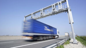 Конституционный суд заявил о необходимости уменьшения штрафов для владельцев большегрузов за перегруз, зафиксированный камерой