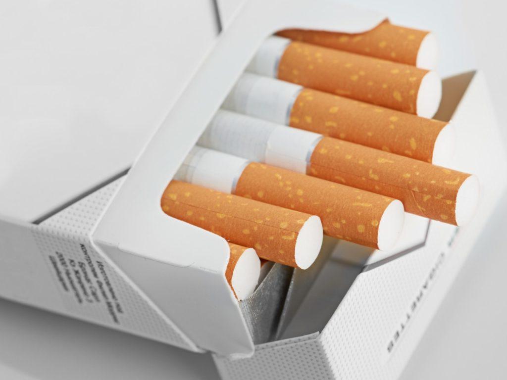 Соблюдение условий хранения сигарет и их срок годности